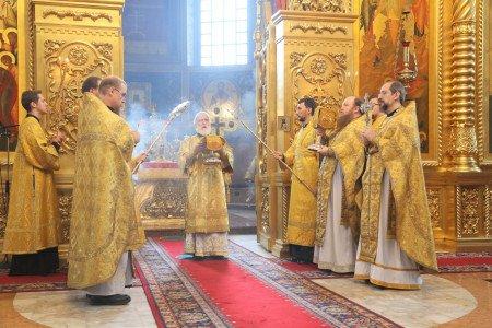 Божественная литургия в Николо-Угрешском монастыре
